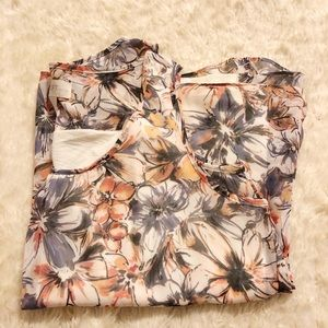 ♥️DONATING JULY 31 ♥️ Layered Floral Tank Top